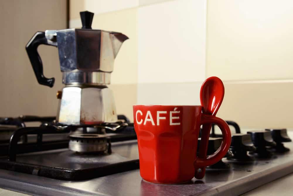 utiliser cafetière italienne