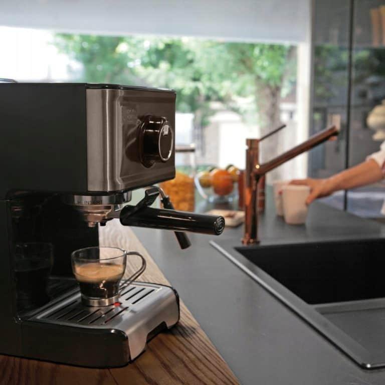cafetiere-expresso-black-decker-bxco1200e-test