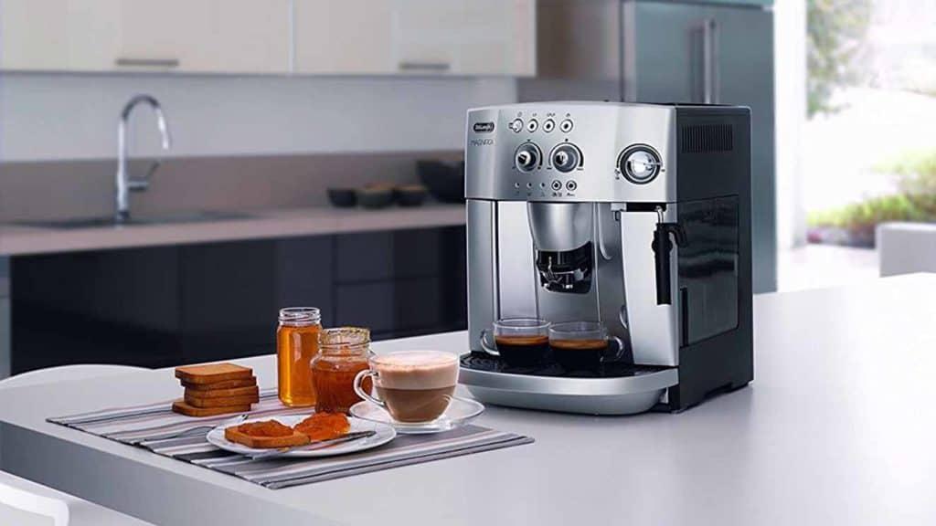 machine-cafe-DeLonghi-Magnifica-ESAM-4200S-test-tour