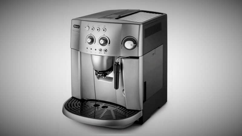machine-cafe-test-DeLonghi-Magnifica-ESAM-4200S