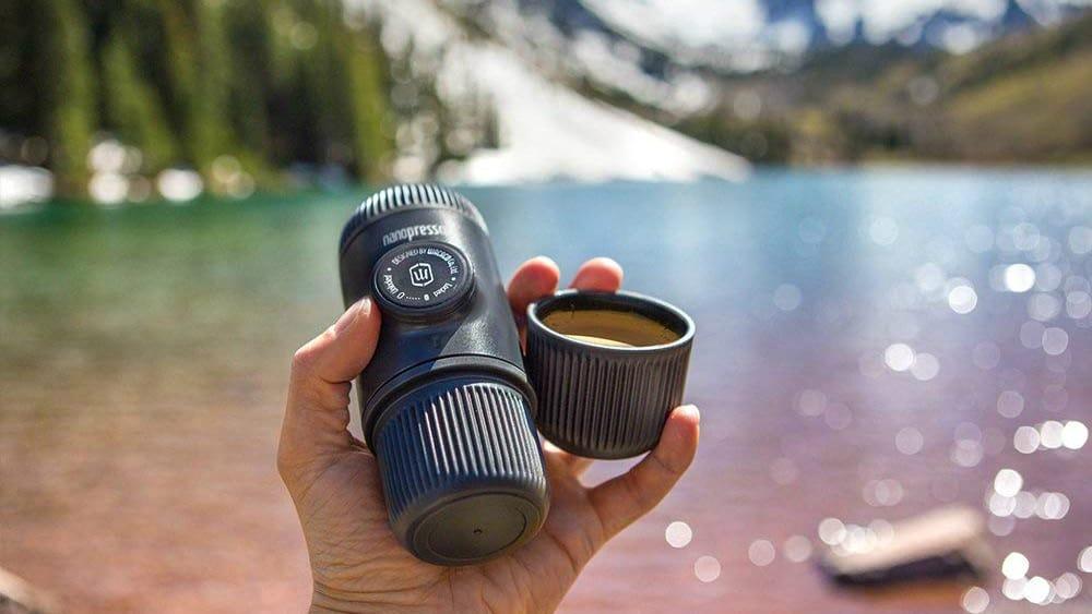 machine-espresso-voyage-portative-Conqueco